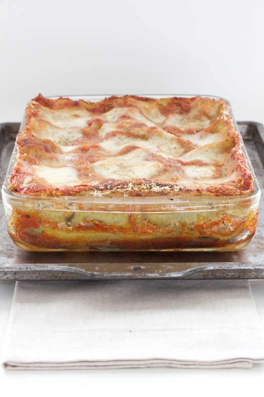 Spinach lasagne with wild boar sausage olivada fresh for Fresh tomato lasagna with olive tapenade